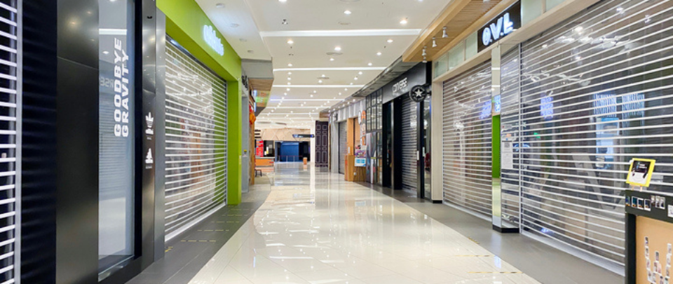 As Malls Stay Empty, Both Landlords and Tenants Struggle