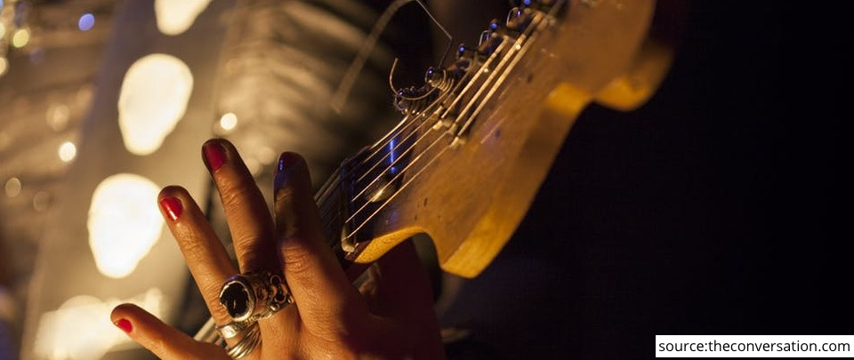 The Daily Digest: Female Guitarists