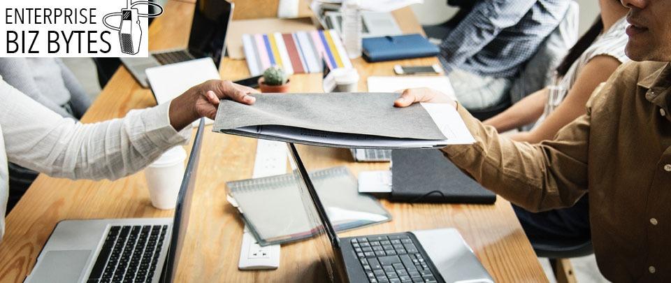 Neat Desk vs Messy Desk - Battle of KonMarie Theory