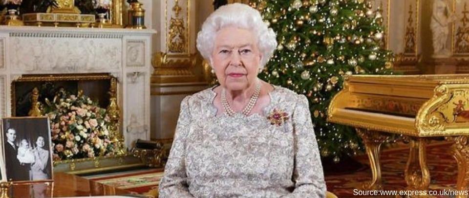 Queen Elizabeth II's Golden Piano Strikes The Wrong Note