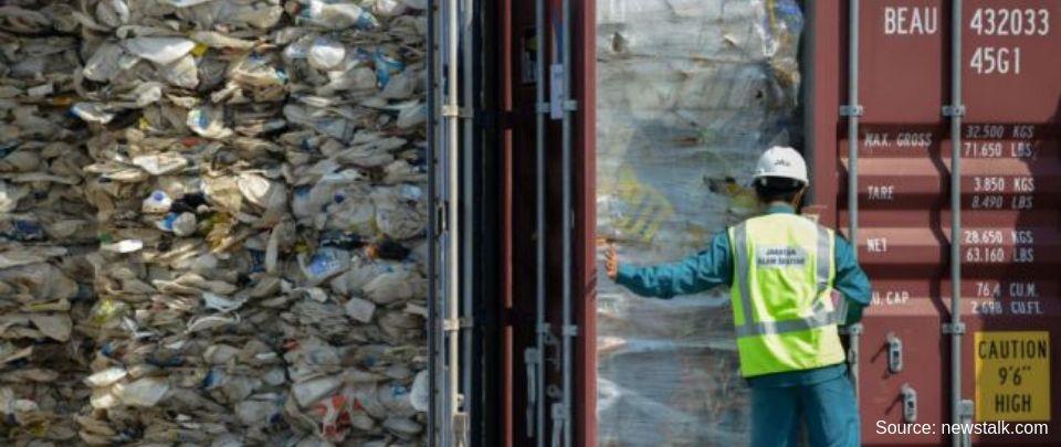 Illegal Dumpsites Stink of Burnt Plastic and Corruption