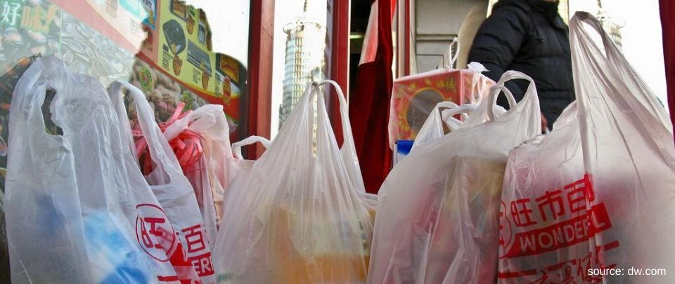 China Announces Policy to Ban Single-Use Plastic Bags