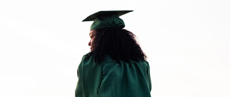 Fresh Graduates Grapple With Unemployment