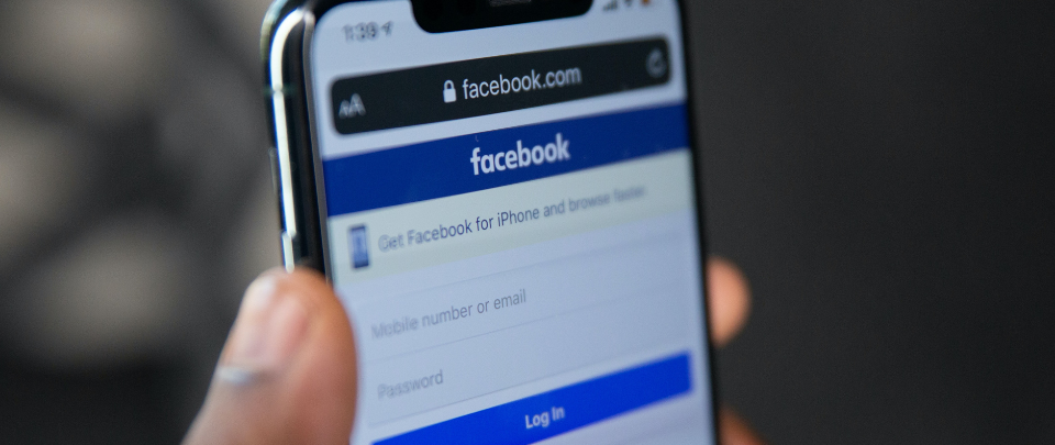 FB Pays News Corp Australia For Content