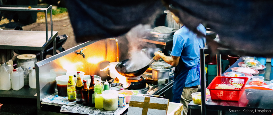 Selangor Will Stop Giving Hawker Licences To Foreigners