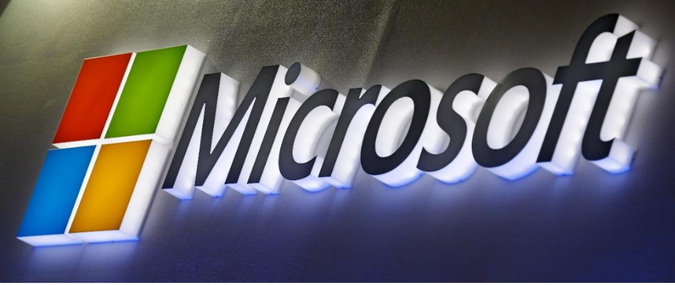 For US Tech Like Microsoft and Apple, Only Blue Skies Beckon
