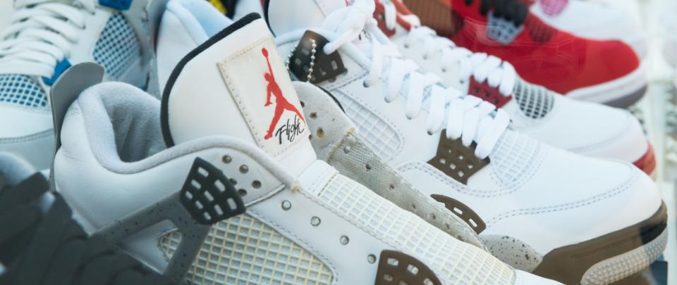 Sneakerheads Making Bank